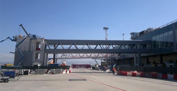 Aeroporto Internazionale di Napoli - Bridge